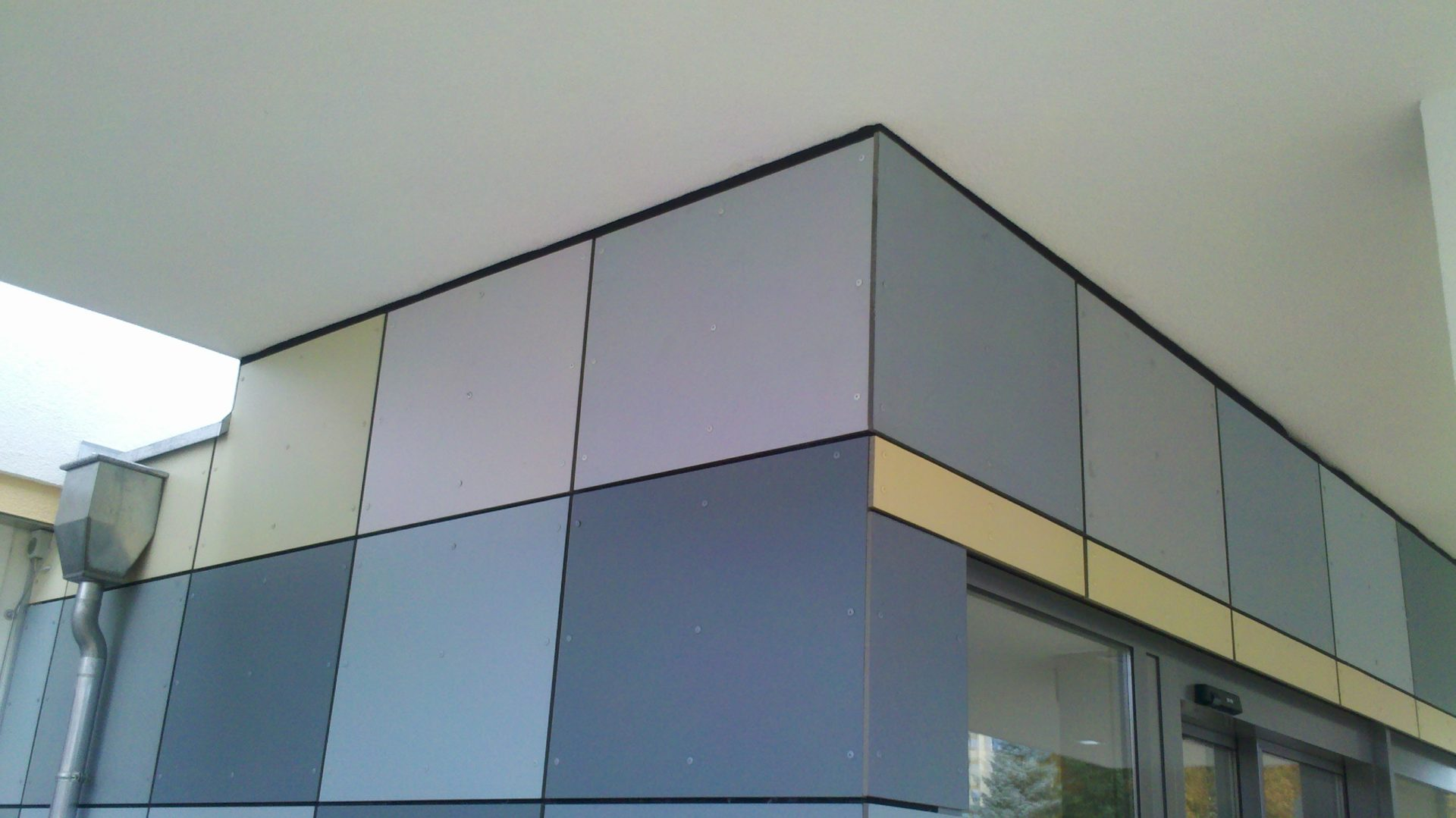 Rebau_Fassadenbekleidung_Faserzementplatten